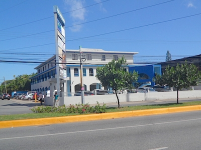 La Castellana -Oficina en la Ave. Nuñez de Cáceres