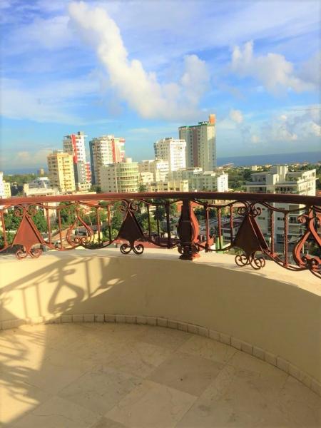 Apartamento - Venta LOS CACICAZGOS / US$340,000°° / 285m2 / 9no piso