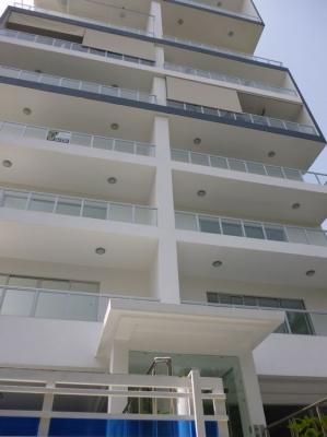 Amplio apartamento en venta, Evaristo Morales