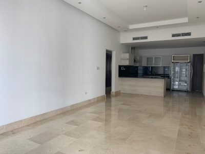 Apartamento en alquiler en Santo Domingo, Piantini. Línea blanca. 3H 3.5B 3P