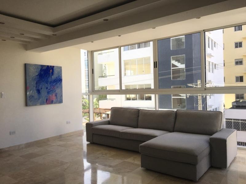 Apartamentos en venta Santo Domingo, Serralles. 3H 3.5B 2P