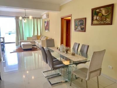 Apartamento en alquiler Santo Domingo. Serralles. 2H 2.5B 2P