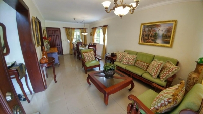 Casa en venta en Villa Claudia