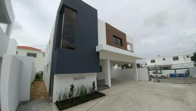 Casas en venta en Altos de Arroyo Hondo III