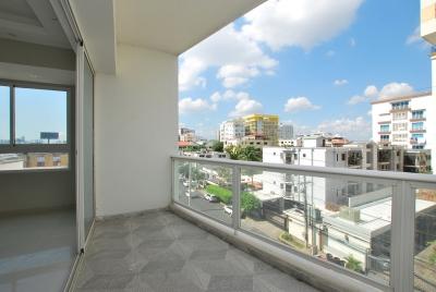 Apartamento - Venta EVARISTO MORALES / US$230,000°° / 243.99m2 / 4to piso