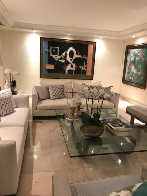 Apartamento - Venta BELLA VISTA / US$325,000°° / 350m2 / 5to piso