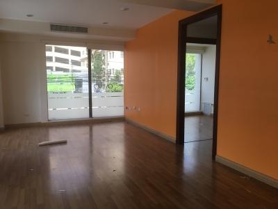 Oficina en Alquiler en Piantini en el Segundo Nivel de 64 m2