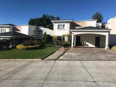 CASA EN CARRETERA A EL SALVADOR, LA FOTANA
