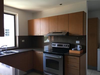 Apartamento en Venta, Edificio Plenum zona 14