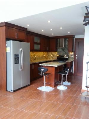 Apartamento en Alquiler en Colonia La Montaña, zona 16