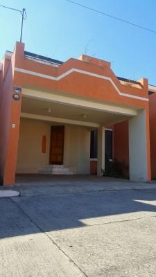 Alquilo linda casa en condominio zona 16