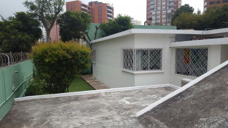Casa Residencial en zona 14