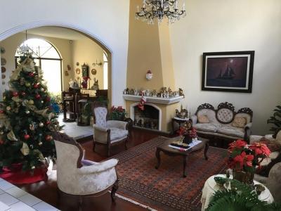 Alquilo / Vendo Casa en Zona 12 Villa sol