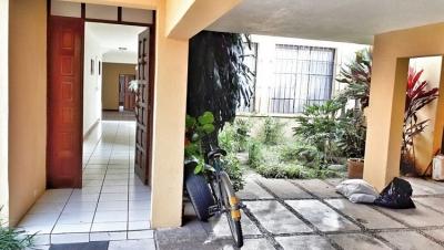 Citymax Antigua vende y renta casa grande en Villasol Z.12