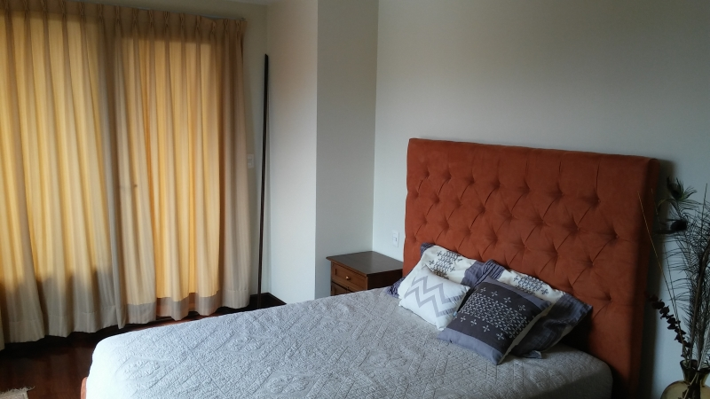 Apto. Z. 10; 02 dormitorios; Temporadas cortas 3-6 meses; Totalmente amueblado; excelente ubicación