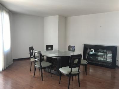 Alquiler amplio apartamento zona 14