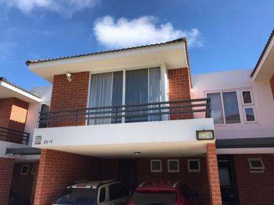 HERMOSA Casa en Zona 16 en Remate/ VIVENTI