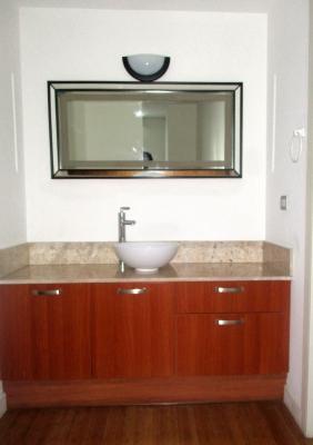 Zona 10 alquilo precioso apartamento amueblado y equipado