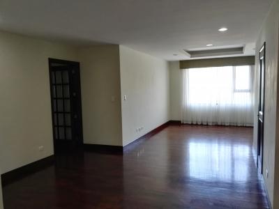Rento lindo apartamento amueblado o sin amueblar de 2 dormitorios excelente ubicación. Cod. 15