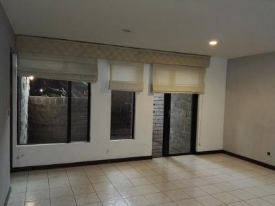 Apartamento en renta en zona 15 de 1 dormitorios economico. cod