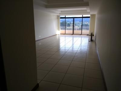 Apartamento en Renta Nivel Alto El Pedregal Zona 14