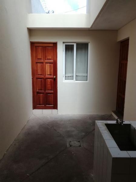 Hermosa Casa en Alquiler Zona 16