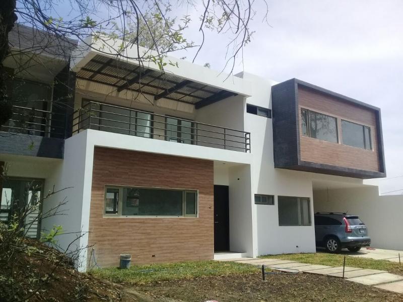 Casa en venta Jardines San Isidro
