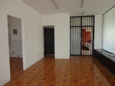 Oficina en renta Edificio El Cortijo, Zona 9