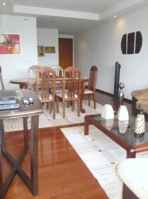 Zona 15 Alquilo apartamento amueblado y equipado