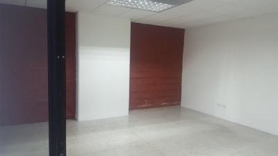 OFICINA EN ARRENDAMIENTO:  zona 14