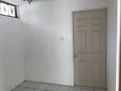 CASA EN RENTA UTATLAN II, ZONA 11