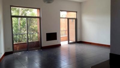 Casa en Renta dentro de Oakland Z 10 – WCSR158