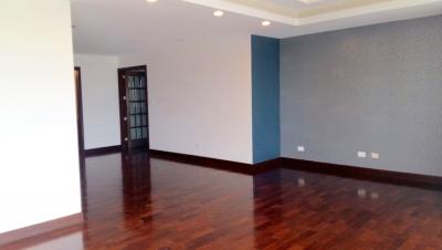 Apartamento en Renta zona 10 – WCSR160