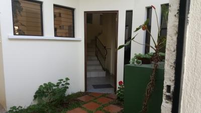 Vendo casa en zona 16, a 2 minutos de Nueva Embajada Americana