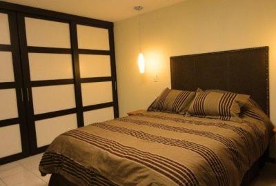 Apartamento en renta zona 9