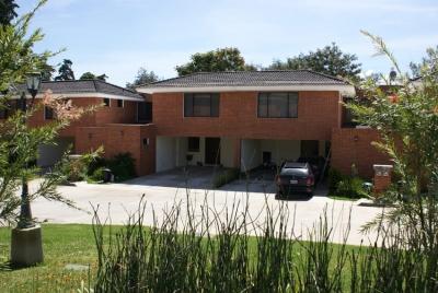 Casa en Alamedas de San Isidro zona 16!