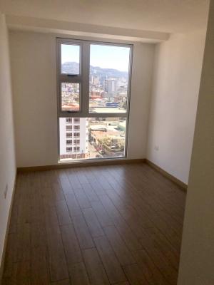 Renta Apartamento Nuevo zona 10. Ubicacion Perfecta