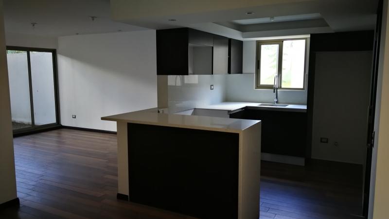 Nuevo Apartamento con Jardin en zona 15