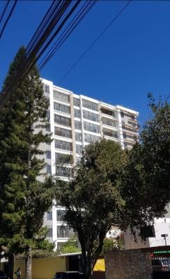 Apartamento de 1 Habitación Zona 13 a 100mts del Obelisco