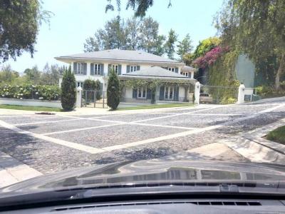 Casa en renta ubicada en km 10.5 Carretera a El Salvador