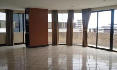 Venta de Apartamento en Pacifica Plaza, Edificio Zona 14
