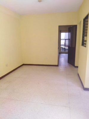 Vendo casa en zona 21 y alquilo 2 apartamentos