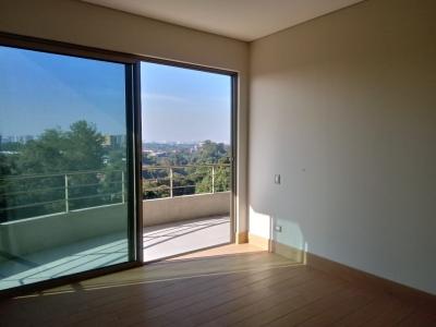 Apartamento Amueblado en Renta, Zona 10, Por Telefonica