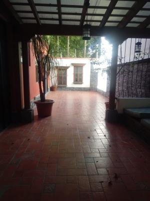 APARTAMENTO TIPO TOWNHOUSE AMUEBLADO EN RENTA ZONA 14