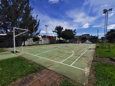 Oportunidad para Inversionistas casa en Venta con 15 aptos. rentados, Z. 7 Villa Linda