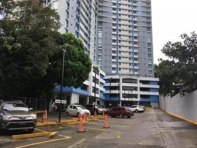 Alquilo Apartamento Amoblado en PH Hyde Park, Carrasquilla #18-333**GG**