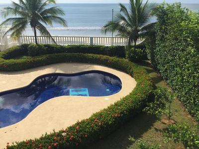 Casa Frente al Mar en Gorgona $699,000