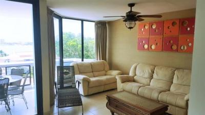 Apartamento en Coronado Country Club - Torre 200
