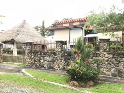 Residencia de 4 recamaras en Coronado