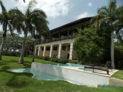 Jochy Real Estate Vende Apartamento en el Complejo Turístico Los Altos, En Altos De Chavón,Casa De Campo